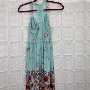 Dresses - Boho floral racer back sun dress M
